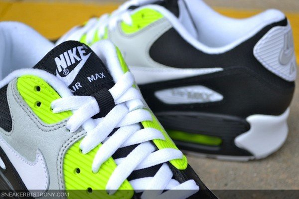Nike Air Max 90 'Black/White-Volt'