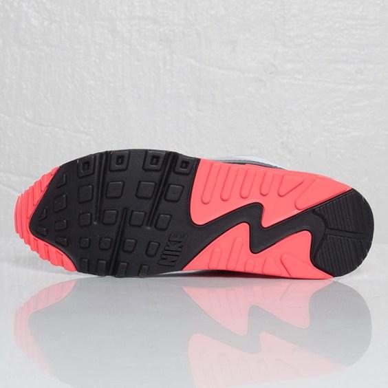 Nike Air Max 90 Hyperfuse NRG 'Infrared' at SNS