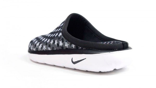 Nike Air Rejuven8 Mule 3 'Black'
