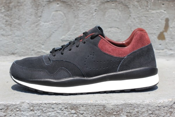 Nike Air Safari Deconstruct 'Black/Team Brown'