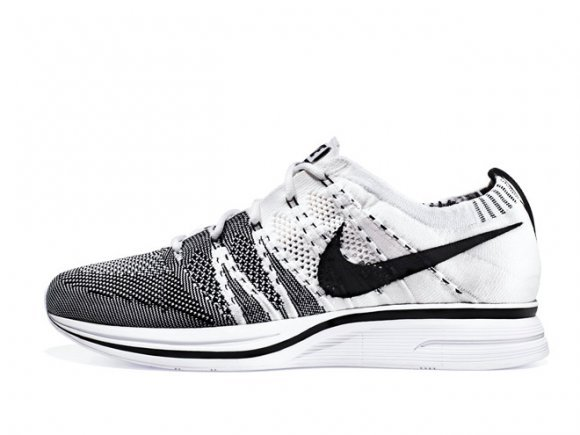8760c4ae978561 Nike Flyknit Trainer+  White Black  – Release Date + Info