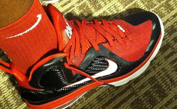 buy online 6121f a5c2f Nike LeBron 9 'King James Shooting Stars Classic' PE | SneakerFiles
