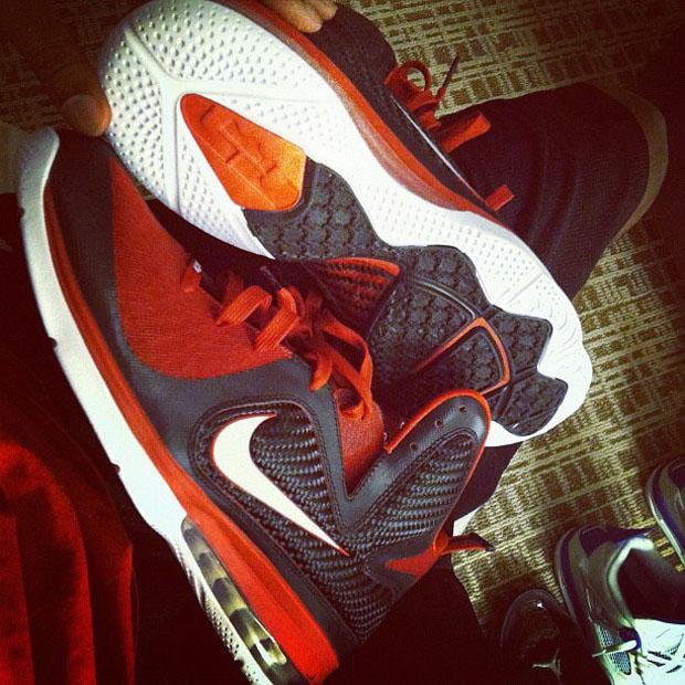 Nike LeBron 9 'King James Shooting Stars Classic' PE