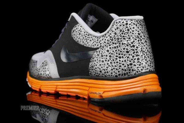 Nike Lunar Safari Fuse+ 'Black/Anthracite-Neutral Grey-Total Orange'