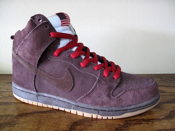 Nike SB Dunk High 'Budweiser' at MIA Skate Shop