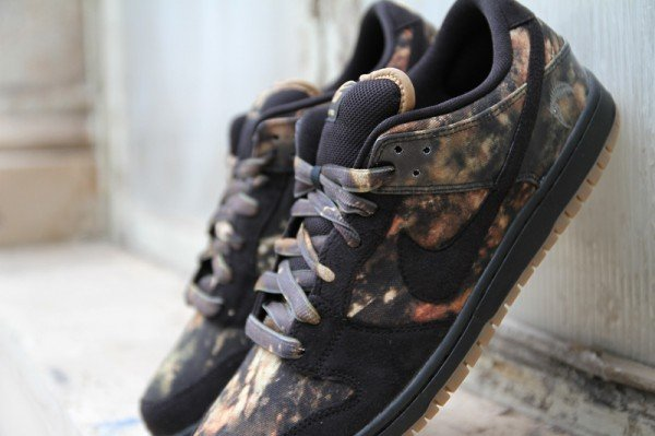 Nike SB Dunk Low Premium 'Pushead 2' - Detailed Look