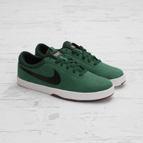 Nike SB Eric Koston 'Gorge Green/Black'