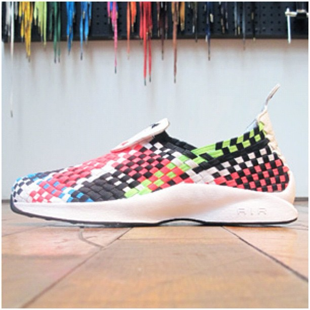 Release Reminder: Nike Air Woven QS 'Euro'