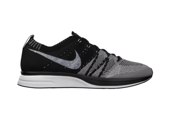 Release Reminder: Nike Flyknit Trainer+ 'Black/White'