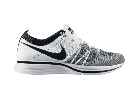 Release Reminder: Nike Flyknit Trainer+ 'White/Black'