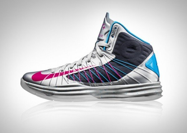 Special Edition Nike Hyperdunk+ and LunarGlide+ 4