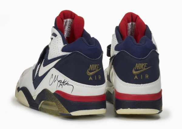 Twenty Designs That Changed The Game - Nike Air Force 180