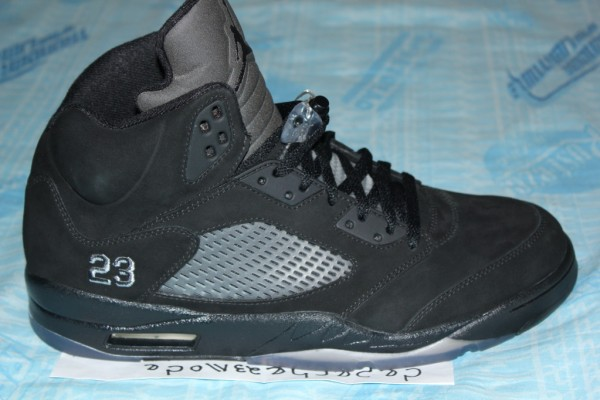 air-jordan-5-v-blackout-sample-2