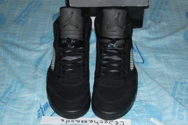 air-jordan-5-v-blackout-sample-4
