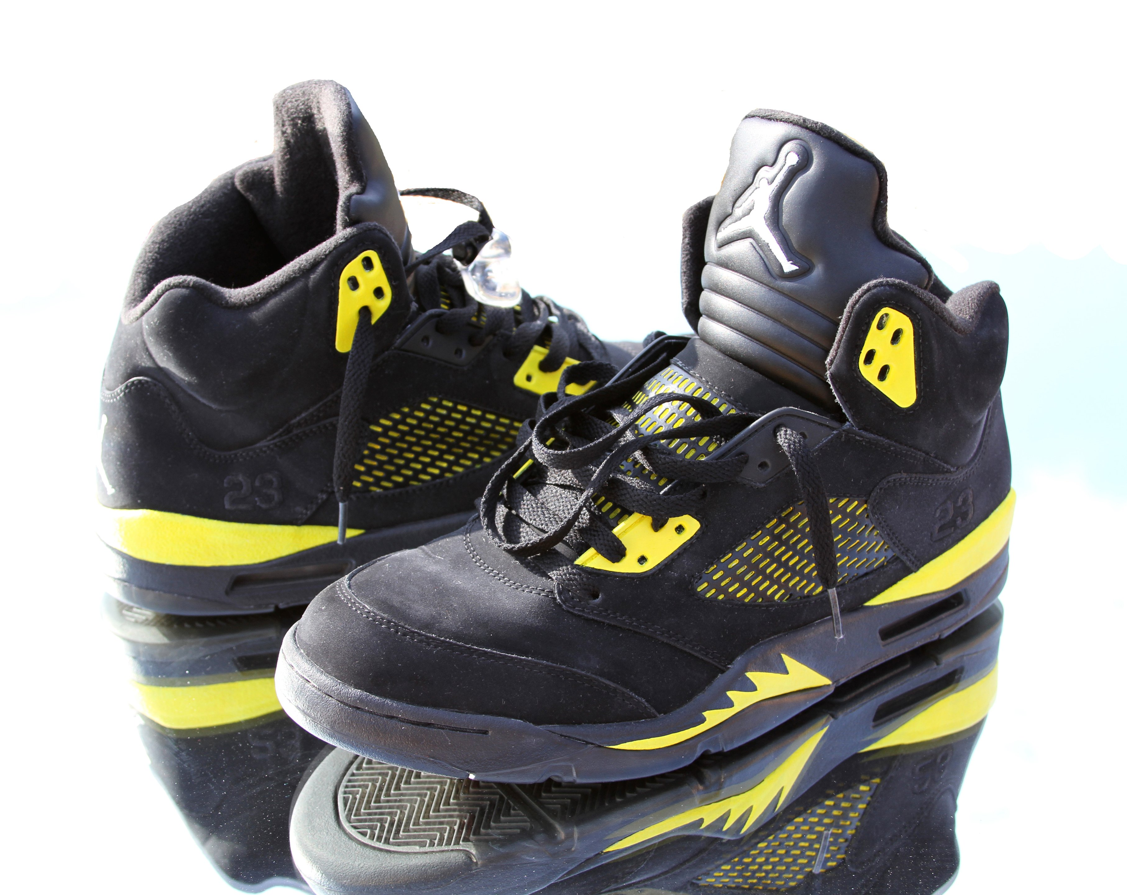 f3b02ec5dd1506 Air Jordan 5 (V)  Thunder  Custom
