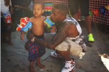 Celebrity Sneaker Watch: Nas Celebrates Son's Birthday in Air Jordan 4 'Fire Red'