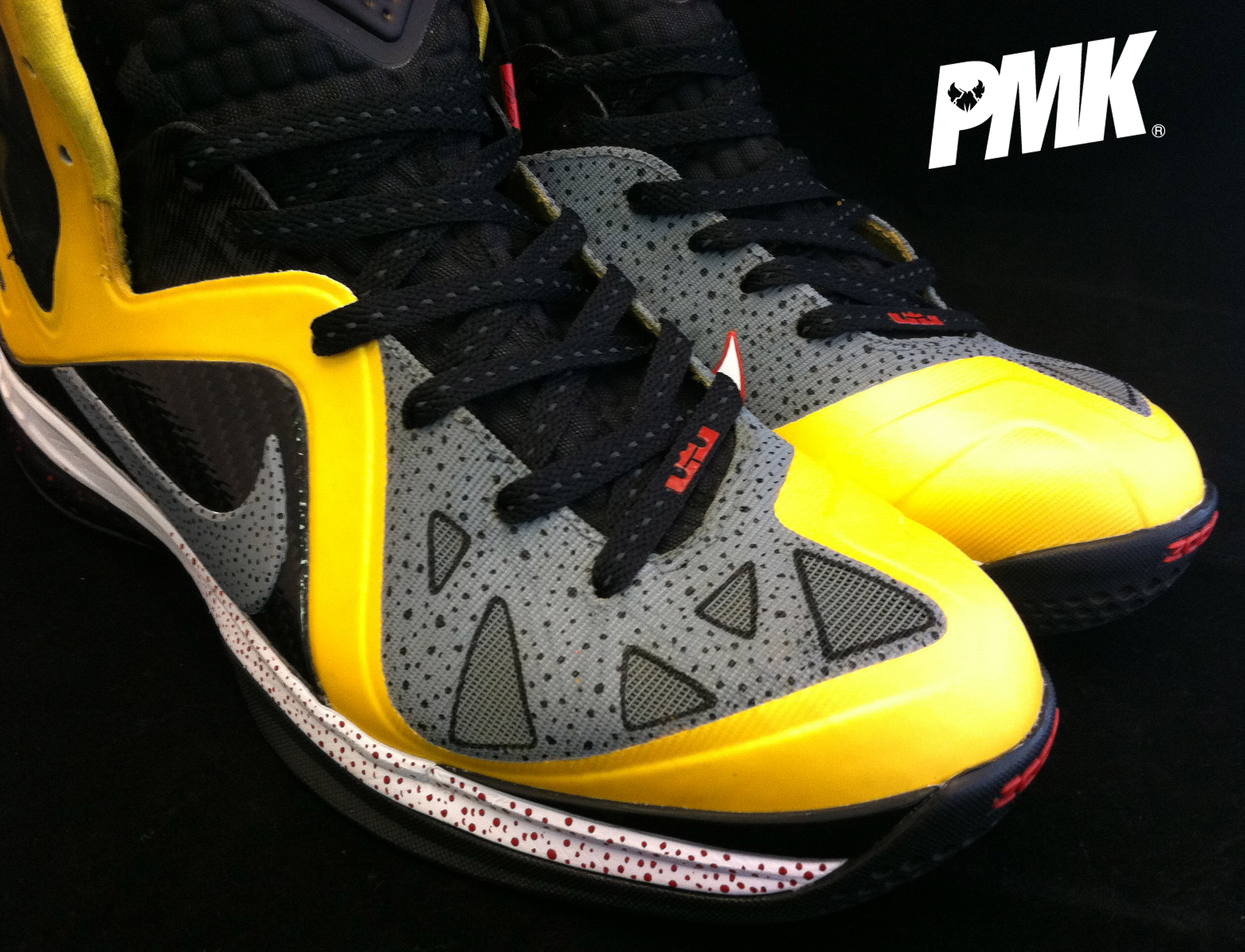 concrete-nike-lebron-9-ps-taxi-elite-customs-by-pmk-4