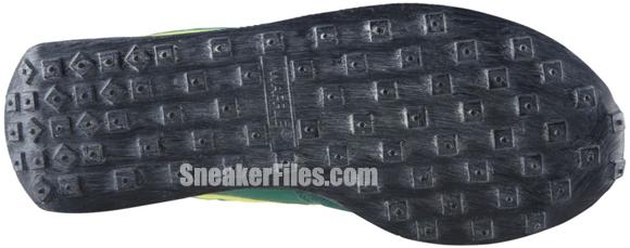 nike-elite-vintage-nrg-pine-green-volt-electric-green-1