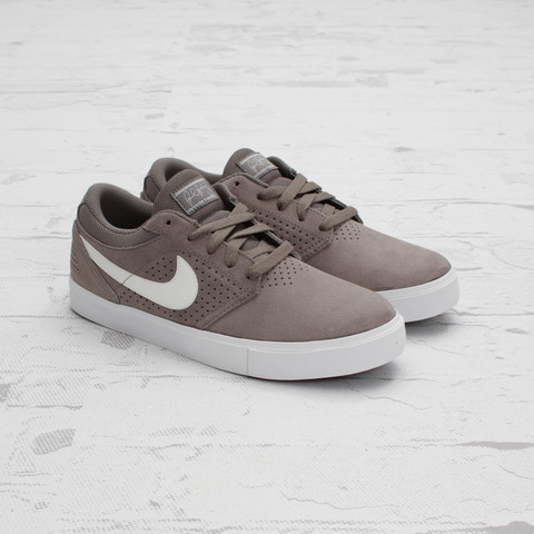 Nike SB P-Rod 5 LR 'Soft Grey/White-Black'