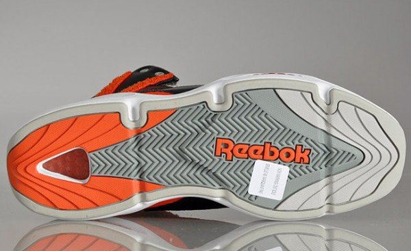 reebok-blast-black-blood-orange-10