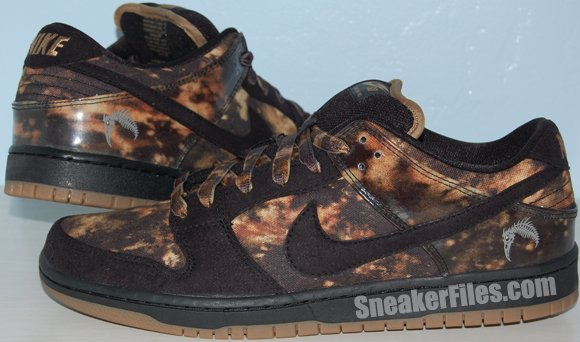 Video: Nike Dunk SB Low Bleached Pushead (Pushead 2) 2012
