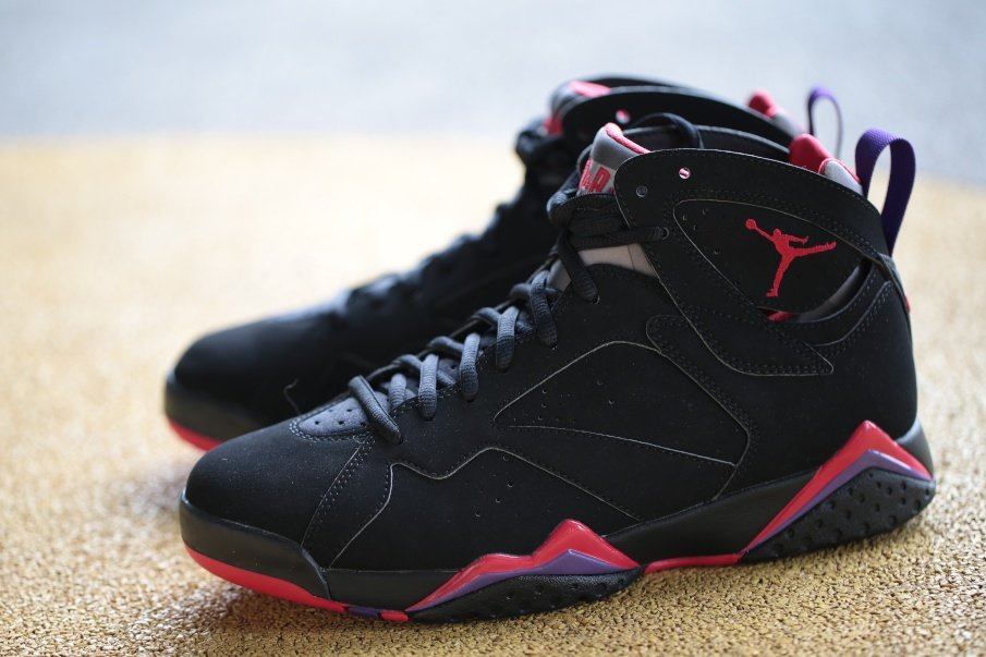 Air Jordan 7 'Charcoal' - New Images