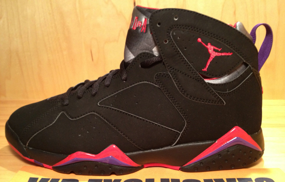 Air Jordan 7 'Charcoal' - Detailed Look