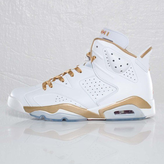 Air Jordan Golden Moments Pack at SNS