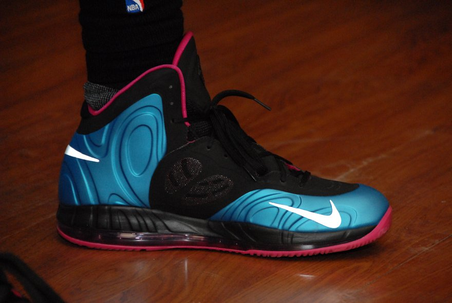 Amar'e Stoudemire in the Nike Air Max Hyperposite