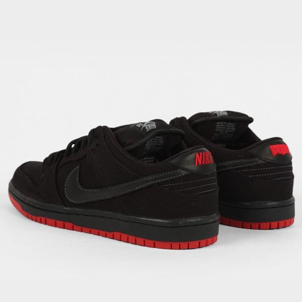 Levi's x Nike SB Dunk Low 'Black' at Scene