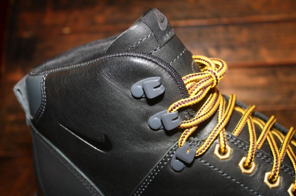 Nike Air Magma 2012 'Black'