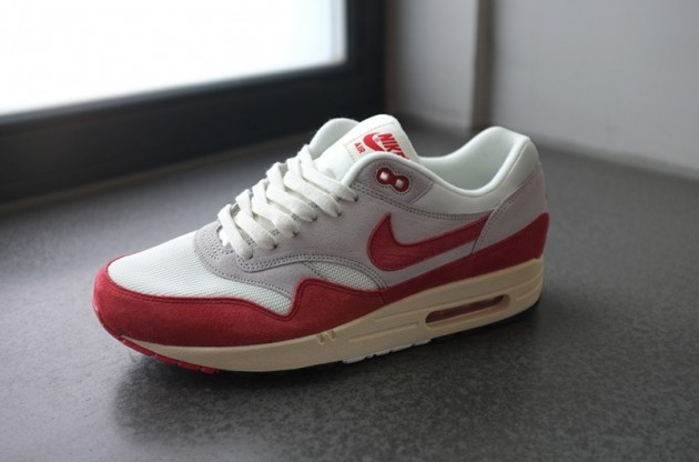 Nike Air Max 1 VNTG 'Sport Red' - Another Look