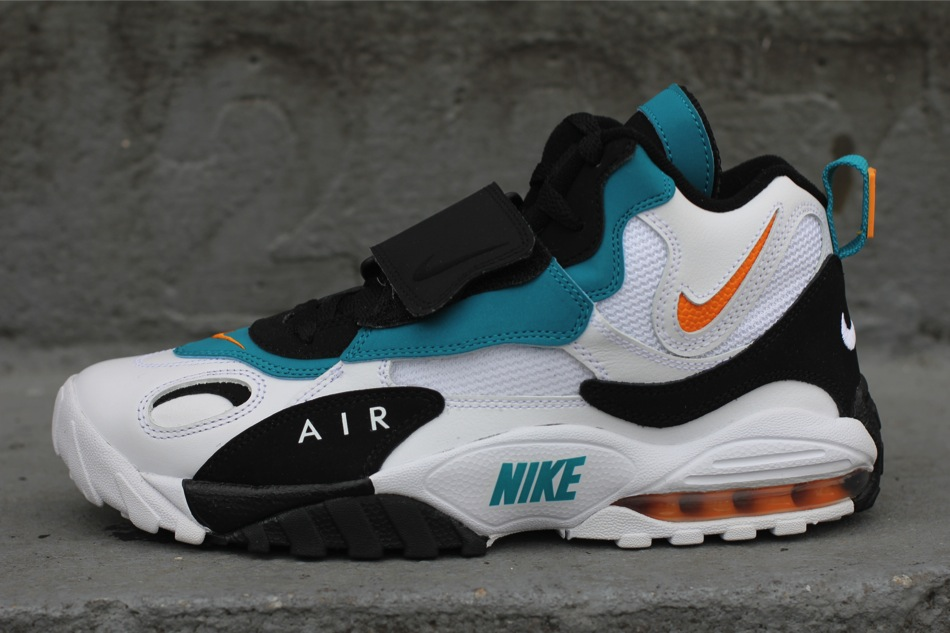 Nike Air Max Speed Turf 'Dolphins' at Oneness