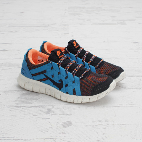 Nike Free Powerlines+ 'Thunder Blue/Dark Obsidian' at Concepts