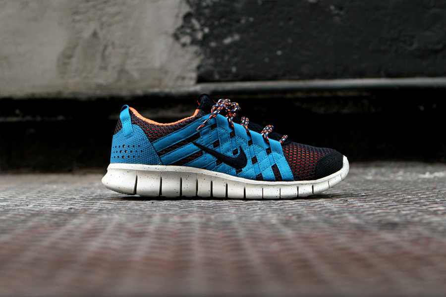 Nike Free Powerlines+ 'Thunder Blue/Dark Obsidian' at Kith NYC