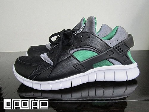 Nike Huarache Free 2012 'Black/Cool Grey-Dark Pine'