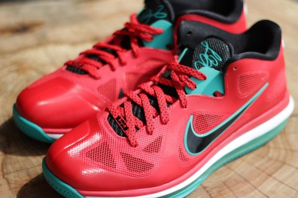 Nike LeBron 9 Low 'Liverpool' Coming Soon