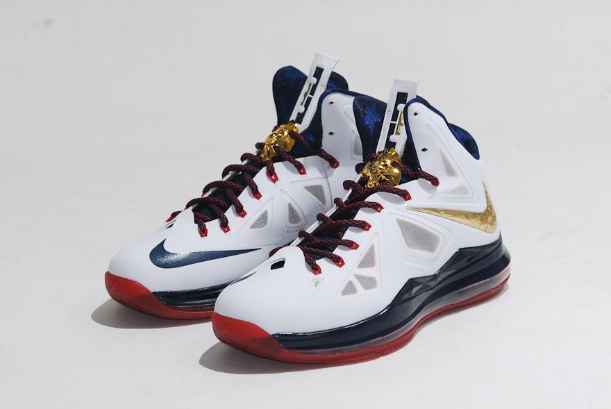 "low priced 041a2 66819 Medal"" Nike Zoom KD IV comes with special ""United We Rise Source Sole Wings  Nike LeBron X+ Sport Pack Gold Medal - United We Rise Packaging ."