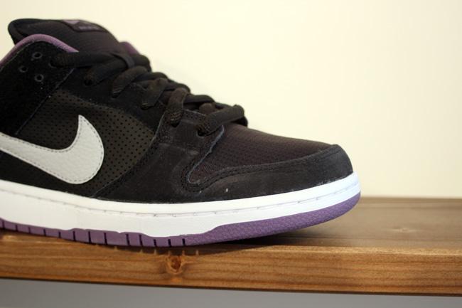 Nike SB Dunk Low 'Black/Purple' - Spring 2013