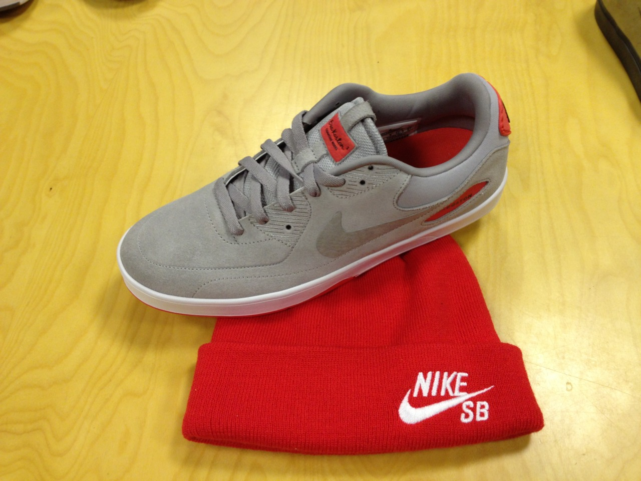 Nike SB Eric Koston Heritage 'Grey/Red-White'