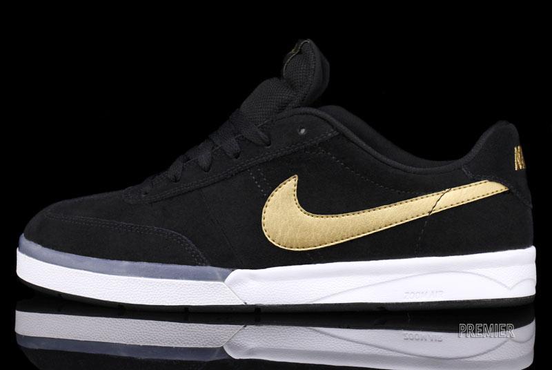 info for a6b81 4e995 Nike SB Zoom FC x FP  Takashi