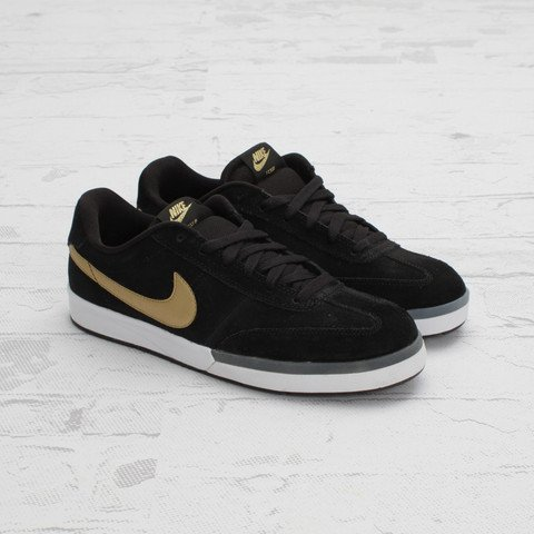 Nike SB Zoom FC x FP 'Black/Metallic Gold-White'