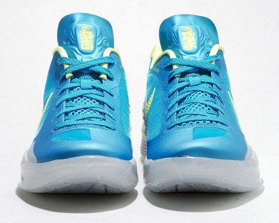 promo code 87f23 18951 Nike Zoom Hyperdunk 2011 Low Son of Dragon Pack - Another Look