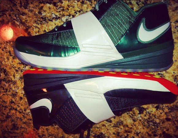 Nike Zoom Revis - New Images