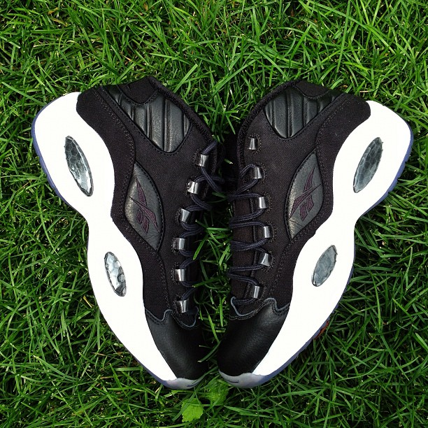 Reebok Question Mid 'Black' Leather and Canvas Sample