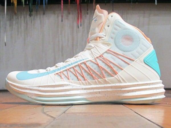 Release Reminder: Nike Hyperdunk+ Sport Pack 'Sail/Calypso-Peach Cream-Julep'