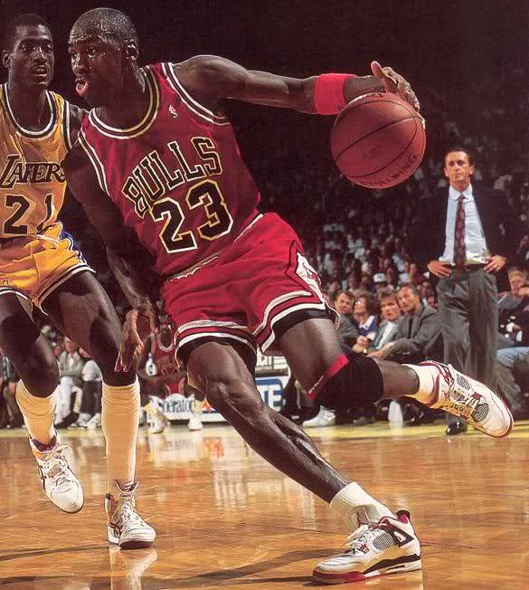 Michael Jordan Driving 1989 Air Jordan 4 Fire Red