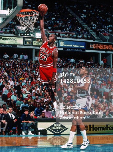 Michael Jordan Dunking on Sacramento Kings 1989 in Fire Red IV