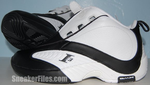 Video: Reebok Answer 4 (IV) White Black 2012 Retro