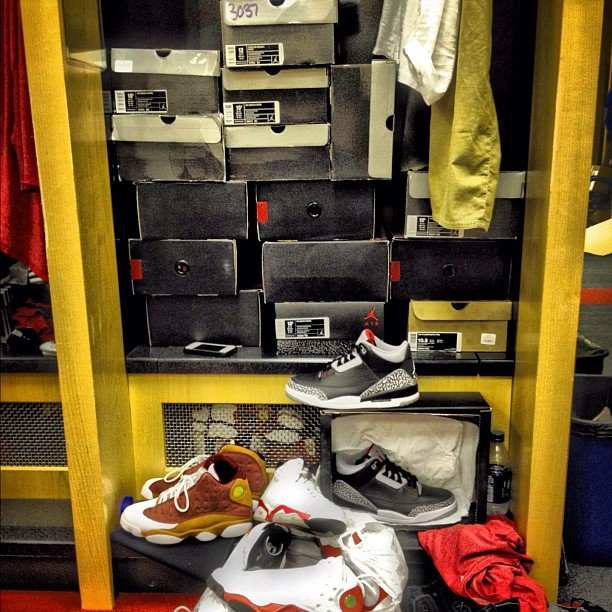 Nate Robinson Shows Off His Locker Full of Jordans